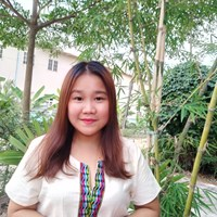 Julia Naw