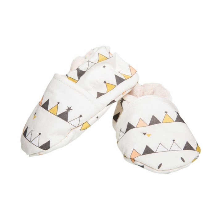 chaussons-souples-tipis-multicolores