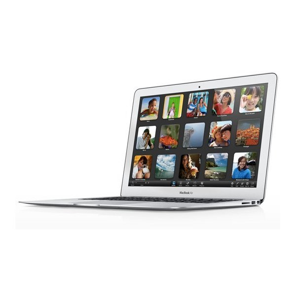 MacBook Air 11 1,6 GHz i5 / 128 Go SSD / 2 Go de Ram 2